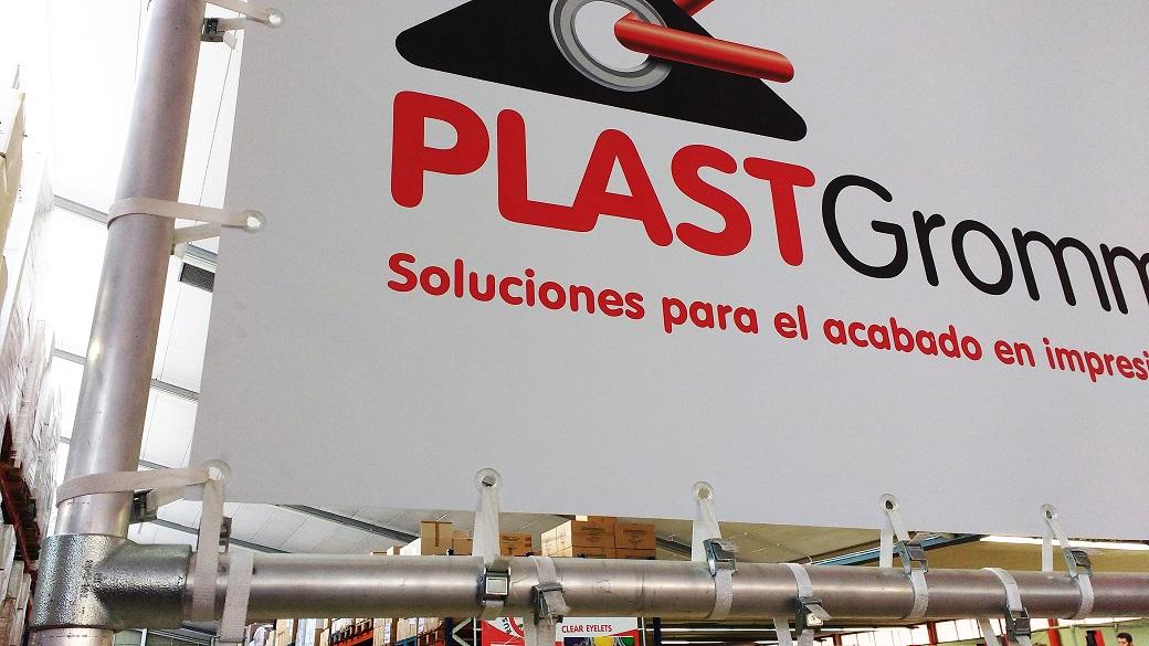 Banner PLASTGrommet